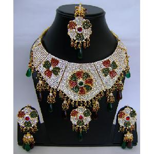 Gold Diamond Bollywood Jewelry Set NP-412 Image