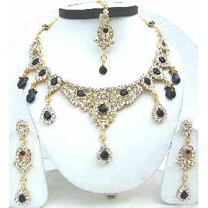 Gold Diamond Bollywood Jewelry Set JVS-39 Image