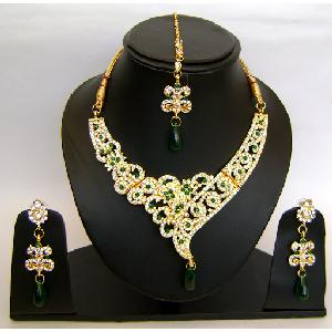 Gold Diamond Bollywood Jewelry Set NP-416 Image