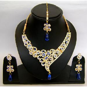 Gold Diamond Bollywood Jewelry Set NP-418 Image