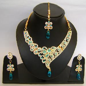 Gold Diamond Bollywood Jewelry Set NP-420 Image