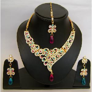 Gold Diamond Bollywood Jewelry Set NP-421 Image
