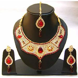 Gold Diamond Bridal Jewelry Set NP-347 Image