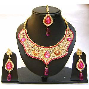 Gold Diamond Bridal Jewelry Set NP-350 Image