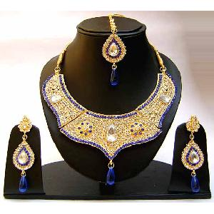 Gold Diamond Bridal Jewelry Set NP-351 Image