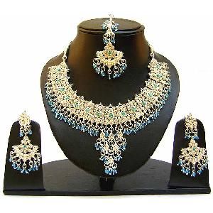 Gold Diamond Bridal Jewelry Set NP-353 Image