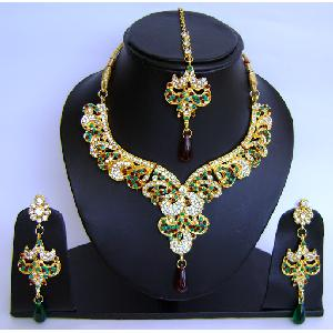 Gold Diamond Bridal Jewelry Sets NP-440 Image