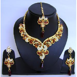 Gold Diamond Bridal Jewelry Sets JVS-184 Image