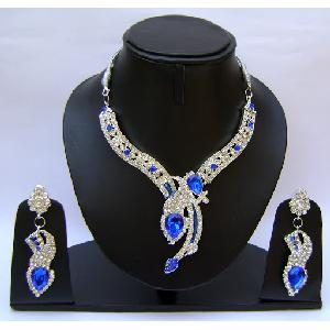 Gold Diamond Bridesmaid Jewelry Set NP-370 Image