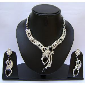 Gold Diamond Bridesmaid Jewelry Set NP-374 Image