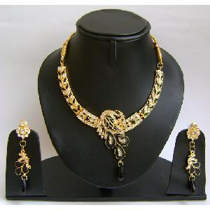 Gold Diamond Bridesmaid Jewelry Set NP-381 Image