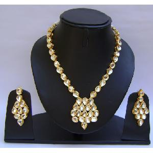 Indian Bridal Jewellry Set NP-392 Image