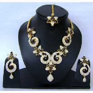 Indian Bridal Jewellry Set NP-400 Image
