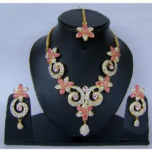 Indian Bridal Jewellry Set NP-401 Image
