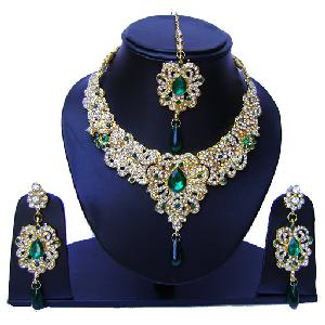 Indian Bridal Jewelry Set NP-543 Image