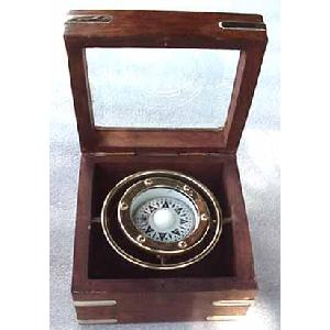 Gimbaled Brass Compass in Hardwood Box - Titanic Image