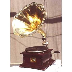 Square Victrola Gramophone 78 rpm handcranked Image